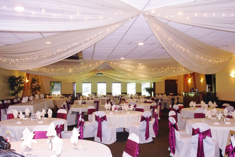 Stella's Event Center- Forest Lake